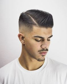 AMCutting Studio Professional Barber And Hairdresser Rotterdam - professional hairstyles cuts professional hairstyles office Cool Mens Haircuts, Cool Hairstyles For Men, Crop Haircut, Fade Haircut, Mens Braids Hairstyles, Hairstyles Haircuts, Hair And Beard Styles, Short Hair Styles, Long Hair Fade