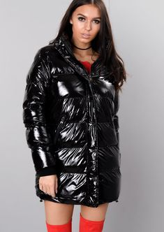 padded-high-shine-longline-puffer-coat-black-paloma-lily-lulu-fashion-5.jpg (800×1128)