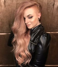 36 Ways Of Rocking Strawberry Blonde Hair - Hair Style Half Shaved Head Hairstyle, Shaved Long Hair, Long Shaved Hairstyles, Long Hair With Shaved Sides, Shaved Side Of Head, Shaved Head Girl, Edgy Long Haircuts, Shaved Hair Women, Girls With Shaved Heads