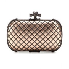 Bottega Veneta Knot Leather Clutch (3,050 CAD) ❤ liked on Polyvore featuring bags, handbags, clutches, bottega veneta, clutches / wallets / purses, metallic, genuine leather handbags, leather purse, genuine leather purse and bottega veneta handbags