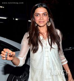 Arjun Kapoor's birthday bash overflowed with Bollywood stars. Alia Bhatt looked pretty in a long, draped dress. Bollywood couples Ranveer and Deepika, Ranbir and Katrina were spotted. The Raanjhanaa team Dhanush and Aanand Rai were seen enjoying themselves with the other stars.