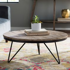 Vintage Home Decor For More Traditional Interior Design Round Wood Coffee Table, Garden Coffee Table, Home Coffee Tables, Coffee Table Wayfair, Decorating Coffee Tables, Round Coffee Table, Modern Coffee Table Sets, Modern Table, Mesa Sofa