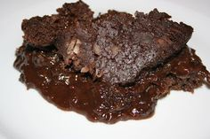 slow cooker chocolate fudge pudding cake (february 25)