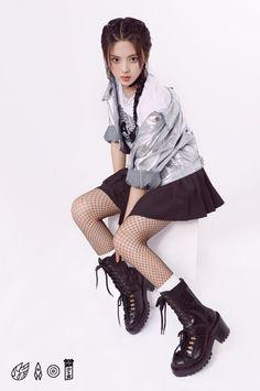 Punk, Outfits, Chinese, Girls, Style, Fashion, Korean Idols, Clothes, Moda