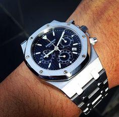 See luxury watches. Patek Phillippe, Hublot, Rolex and much more. Audemars Piguet Watches, Audemars Piguet Royal Oak, Men's Watches, Fine Watches, Wrist Watches, Amazing Watches, Beautiful Watches, Stylish Watches, Luxury Watches For Men