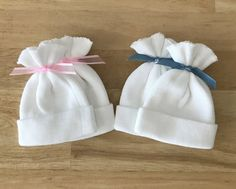 Pair of hats donated to families for their babies. One hat to wear, one hat for parents to keep. Stockinette hat pattern included to make your own or make and donate. Hat Patterns To Sew, Baby Clothes Patterns, Doily Patterns, Baby Patterns, Preemie Crochet, Newborn Crochet, Angel Gowns, Angel Dress, Sewing Crafts