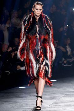 Roberto Cavalli Fall 2014 – Vogue