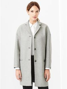 Drop-shoulder coat
