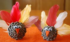 10 Piece of Cake DIY Thanksgiving Projects  http://blog.oubly.com/10-piece-of-cake-diy-thanksgiving-projects/ #thanksgiving #diycrafts