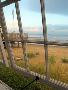 Poor Richard's Landing is a colony of Histoical Wharf Cottages located in the East End of Provincetown, MA. The Landing offers fully equipped studio and one bedroom cottages situated on the beach with a view of Provicnetown Harbor. One Bedroom, Landing, Colonial, Cottage, Windows, Beach, Image, Casa De Campo, The Beach