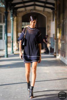 Joan Smalls Street Style Street Fashion Streetsnaps by STYLEDUMONDE Street Style Fashion Photography