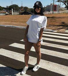 Olá, me chamo Rafaela mais podem me chamar de Rafah, tenho 18 anos, v… #ficçãoadolescente # Ficção adolescente # amreading # books # wattpad Look Fashion, Teen Fashion, Fashion Outfits, Womens Fashion, Fashion 2017, Tumblr Outfits, Mode Outfits, Foto Casual, Tumblr Fashion