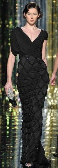 Tony Ward (if you like this, follow my beautiful gowns & dresses board)