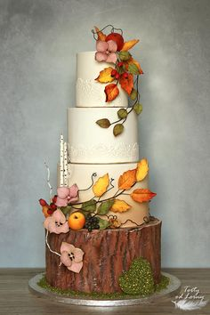 Wedding cakes ripping idea ref 2268487219 - Truly impressive cake notes. Thirsty for additional simple wedding cakes diy example, stopover the link today. Autumn Wedding Cakes, Beautiful Wedding Cakes, Beautiful Cakes, Autumn Cake, Wedding Cake Prices, Wedding Cake Designs, Themed Wedding Cakes, Wedding Cupcakes, Cake Wedding