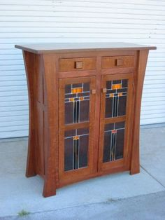Custon Made Display Cabinet With Leaded Gl Doors Arts Crafts Bungalow Craftsman Furniture