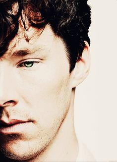 Benedict Cumberbatch. Sherlock.