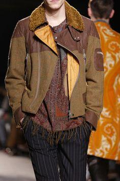 Dries Van Noten Fall 2013 Menswear Fashion Show Details Fashion Show, Mens Fashion, Fashion Design, Dapper, Men Sweater, Vogue, Leather Jacket, Van, Casual