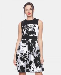 Floral Printed Fit & Flare Dress #partywear #avirate #aviratefashins #style #fashions #womenwear #india #avirateindia #aviratedresses Online Dress Shopping, Womens Fashion Online, Fit Flare Dress, Western Wear, Party Wear, Sarees, Floral Prints, Women Wear, Fashion Dresses