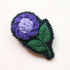 hand embroidery hair pin DIY with DMC tapestry wool thread Hair clip diy Wool Thread, Hair Pins, Kurti, Hand Embroidery, Tapestry, Diy, Hanging Tapestry, Bobby Pins, Tapestries