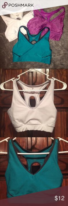 Old Navy Activewear Sports Bras These Old Navy racerback sports bras come in 3 colors: white, purple, and blue-green. They are all size Small and will likely fit cup sizes from AA-B and band sizes from 32-34. Come with removable pads & are machine washable. They are in great condition! Old Navy Intimates & Sleepwear Bras