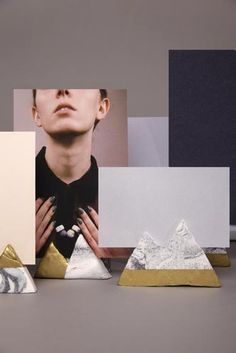 Photo and cardholders made of marble effect and gold spray.