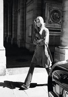 VOGUE Paris November 2015 Malgosia Bela by Angelo Pennetta-6