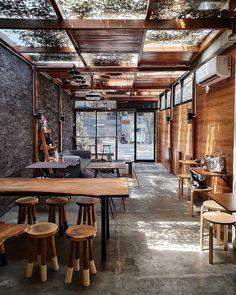 Outdoor Restaurant Design, Restaurant Patio, Restaurant Interior Design, Restaurant Shelving, Bakery Shop Design, Coffee Shop Interior Design, Coffee Design, Cozy Coffee Shop, Small Coffee Shop