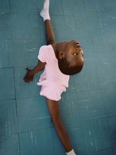 Osma Harvilahti: Cape Town Dance Company — Thisispaper — What we save, saves us.