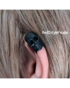 Mini Skull Ear Cuff (Matte Black)