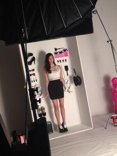 新川優愛 staff @yua_staff  5月25日 先日行われた「Barbie  Your Doll」の発表会の様子が、本日17時からAbemaTV FRESH!で配信スタート♡ ぜひご覧ください! https://abemafresh.tv/makesoft   オフショットを少し!→