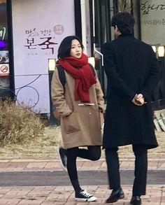 Goblin Korean Drama, Kim Go Eun, Jang Hyuk, Kdrama Actors, Gong Yoo, Korean Actresses, My Photos, Cool Style, Autumn Fashion