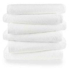 Saunahandtuch in Waffelpique Optik. Klassisch weißes Baumwoll - Saunatuch mit Waffelmuster in 80 x 220 cm. Hohe Saugfähigkeit & angenehmer Griff. Towel, Design, Classic, Household