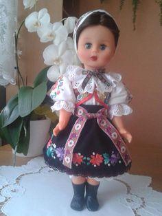 Jaqueline / Bábika oblečená v kroji