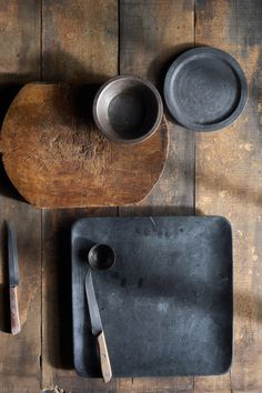 Nice and simple tableware.