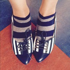 Cutie chic lace-up striped sailor girl flats! ⚓️ Cute as can be navy + white striped pointy-toed flats, with patent vegan leather trim and lace-up! Gives a sassy kick to any outfit. So comfortable, too- I would keep 'em if I didn't have bunions! Only some tiny pink discoloration on left shoe (see 3rd pic), can probably be covered or cleaned. Not visible when wearing. Otherwise EUC! Brand is KISSCAT (Anthro for visibility)  Anthropologie Shoes Flats & Loafers