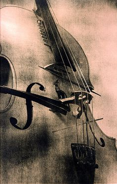 https://flic.kr/p/7TXXC | Vic's cello | Untoned Fotospeed lith print of Vic Rawling's cello. 2003  See it in action: