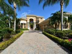 6915 Westchester Cir, Lakewood Ranch, FL - $1,499,000, 5 Beds, 6 Baths. Magnificent Arthur Rutenberg custom home. Elegant elevation and curb appeal. Panoramic golf course view with extreme privacy. Located in a cloistered enclave of Lakewood Ranch Country Club, called Westchester. Grand raised entry to formal living and dining room. Faux textured walls. Rich wood floors and fireplace with built-ins create warmth and...