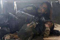 The Musketeers series 3x9. D'Artagnan hides the King beneath the floorboards.