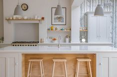 This Scandinavian woodland inspired kitchen with its oak, birch, beech and pine materials create a beautiful and serene space in the heart of Bristol city. Cheap Furniture, Kitchen Furniture, Kitchen Interior, Furniture Online, Classic Furniture, Office Furniture, Furniture Nyc, Furniture Dolly, Furniture Removal