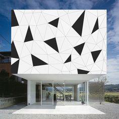 Triangles - Paint this on a canvas! Cladding Design, Facade Design, Exterior Design, House Design, Architecture Design, Concept Architecture, Building Facade, Building Design, Landscape Plane