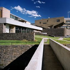 Begrisch Hall at the Bronx Community College. Bronx, New York. Marcel Breuer. 1964