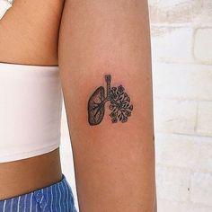 hippie tattoo 484770347384191463 - Lungs flowers tattoo Source by taahlia Mini Tattoos, Cute Tattoos, Flower Tattoos, Body Art Tattoos, Small Tattoos, Tatoos, Ems Tattoos, Natur Tattoos, Kunst Tattoos