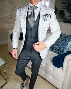 S by Sebastian Platino Tweed Jacket Dress Suits For Men, Suit And Tie, Mens Suits, Men Dress, Indian Men Fashion, Mens Fashion Wear, Suit Fashion, Fashion Rings, Blazer Outfits Men