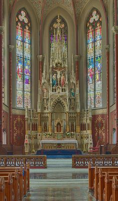 The high altar of St. Francis De Sales oratory in St. Louis