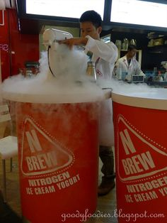 N Brew is the first liquid nitrogen gelato/yogurt concept store to open in Malaysia. The store, originally at e has recently relocate. Ice Cream Packaging, Pretty Packaging, Ice Shop, Liquid Nitrogen, Ice Bars, Coconut Grove, Ice Ice Baby, Dessert Drinks, Store Design