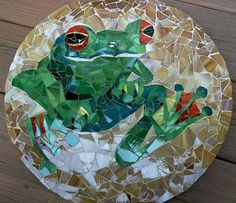 Green Tree Frog circular stained glass mosaic tray, via Etsy.