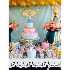 4 bolos falsos, topos de bolo, peças decorativas e lembrancinhas todas feitas por mim !!! #festacinderela #bolofalsoembiscuit #biscuitrafaelapereira #biscuiteriadarafa #fazendoasuafesta #fazendoanossafesta #barbacena #festeirasdemg #cinderela #cinderella #princesas #festaprincesas #princess #rosaeazul #festaembarbacena #feitopormimbarbacena #bolosdebarbacena