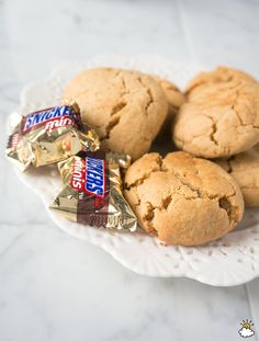 Bake Up The Ultimate Treat With These Snickers-Stuffed Peanut Butter Cookies