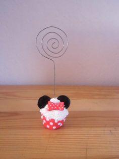 Porte photo cupcake, en pâte fimo, fait main : Accessoires de maison par s-et-s-accessoires