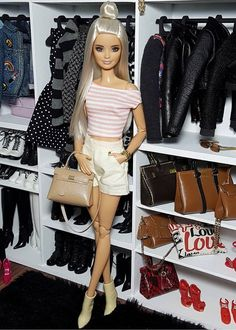 By: barbieswall Barbie Sets, Barbie Dolls Diy, Barbie Fashionista Dolls, Diy Barbie Clothes, Barbie Gowns, Barbie Style, Barbie Model, Fashion Dolls, Moda Barbie